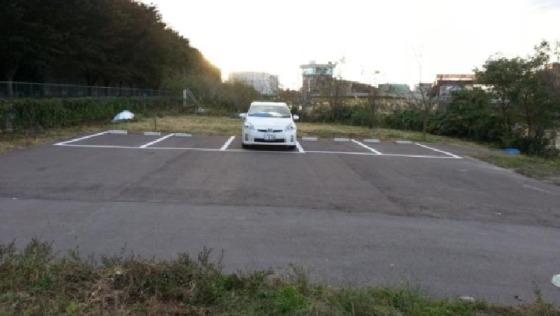舟小屋建設前の駐車場